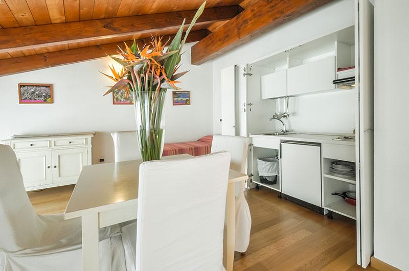Angolo Cottura A Scomparsa : Quarté sayàl appartamento in affitto ad alghero corallo